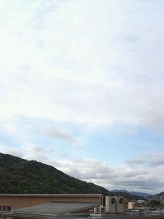 ベランダからの今朝の空